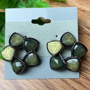 Jewelry - New Shades of Gary Stud Earrings